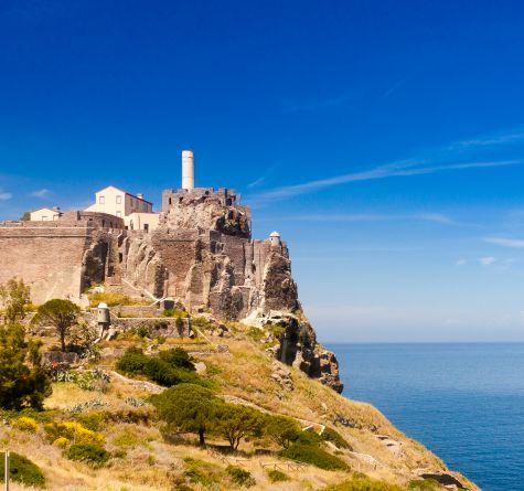 Un giorno non basta: soggiornare all'Elba, Pianosa e Capraia